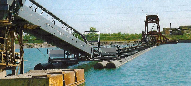 Schwimmende Förderbänder der Serie NC in Katamaran-Ausführung