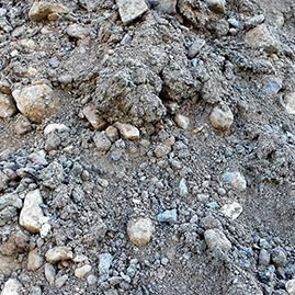 Durch verschiedene Schadstoffe kontaminierte Böden